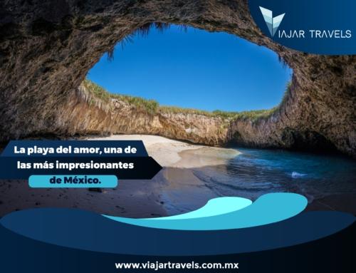 La playa del amor, una de las más impresionantes de México